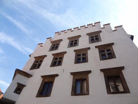 Reality Hodonín: Co způsobuje pokles cen zdejších bytů?
