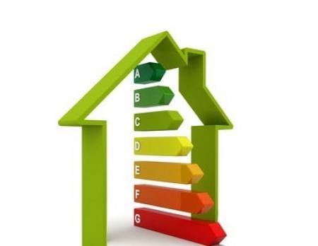 Začíná platit novela zákona o hospodaření s energií. Zpřesňuje povinnosti pro energetické průkazy při prodeji nemovitostí