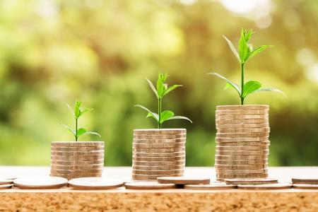 Banky a spořitelny letos rozpůjčují na bydlení okolo 280 miliard korun