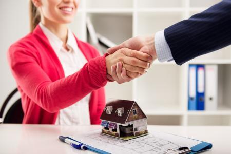Zájem o hypotéky na pořízení nemovitostí poklesl