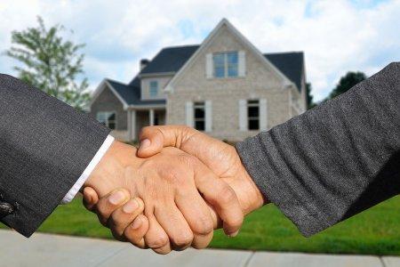 Při výměně nemovitosti je možné použít směnnou smlouvu