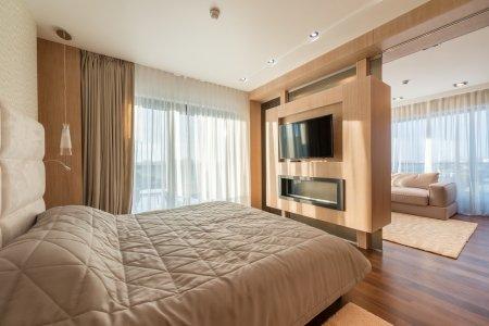 Cena za metr čtvereční je aktuálně v Brně o 30 procent vyšší než loni. I přesto prodeje nových bytů trhají rekordy