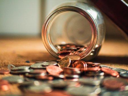 Česká národní banka zvýšila sazby. Obratem rostou i sazby hypoték