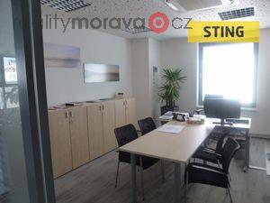 foto Pronájem kanceláří 300, nebo 400 m2.