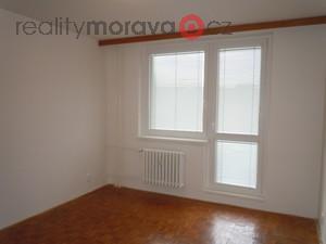 foto Pronájem bytu 1+1 Otrokovice - Trávníky
