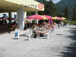foto Restaurace na koupališti v Ústí nad Labem s termálním pramenem