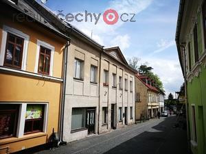 foto Bytový dům ve Šluknově